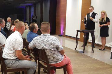 Event firmowy w Krakowie z iluzjonistą
